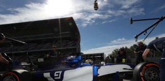 @SauberF1Team Pirelli