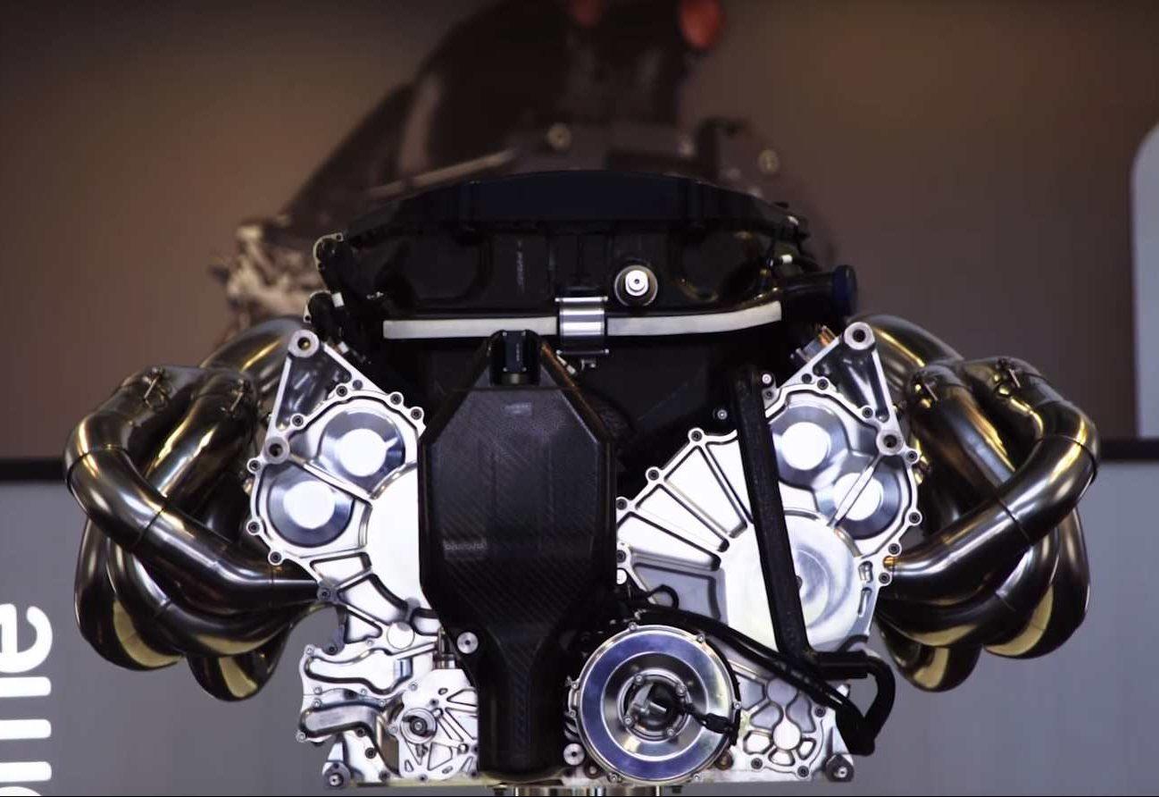 mercedes engine variklis